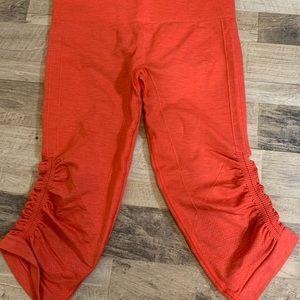 Lululemon | Orange Ruche Crop Pants